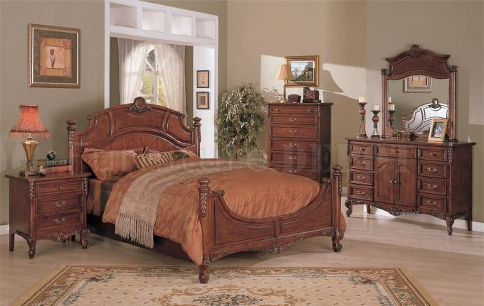 Wooden Carved Bedroom Set