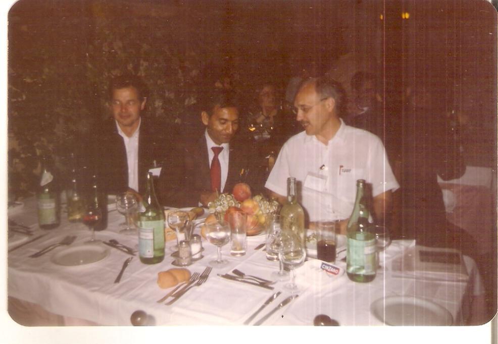 V K Rastogi & Valery V Tuchin (1989), Bologana